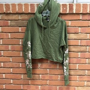 embroidered green cropped hoodie